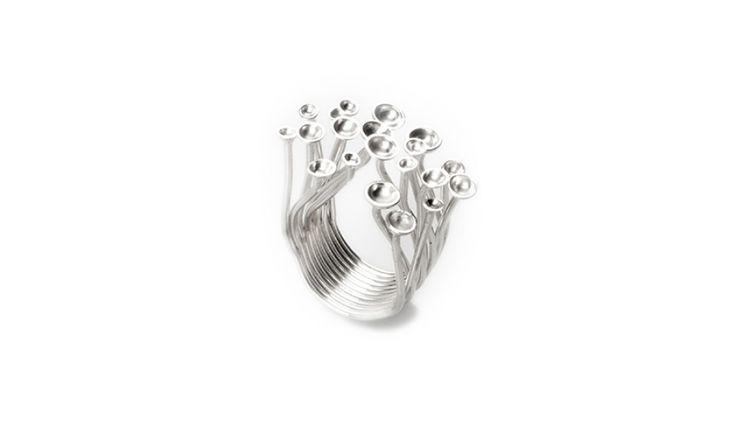 Liliana Guerreiro | Collections - Handmade silver ring. Best Seller!
