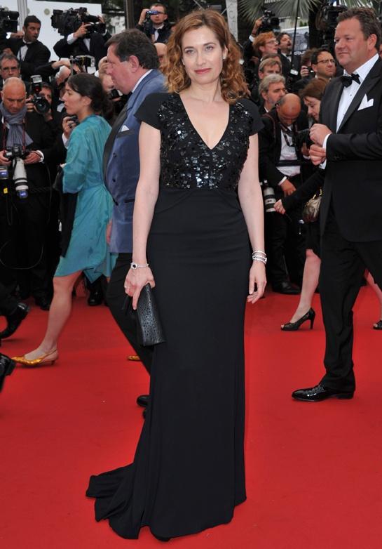 Cannes 2012 - Emmanuelle Devos in Elie Saab - Day 6 (montée des marches Vous n'avez encore rien vu)