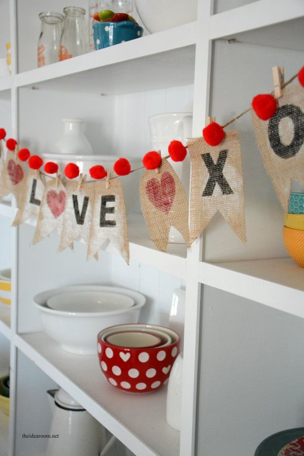 Make this DIY Valentine's Day banner in a weekend!