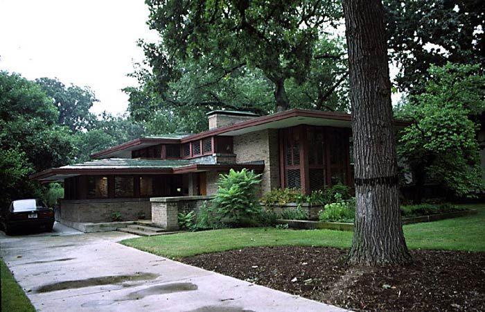 Фрэнк Ллойд Райт (Frank Lloyd Wright): Isabel Roberts House, River Forest, Illinois (Дом Изабеллы Роберте, Ривер-Форест, Иллинойс), 1908; реконструкция 1958