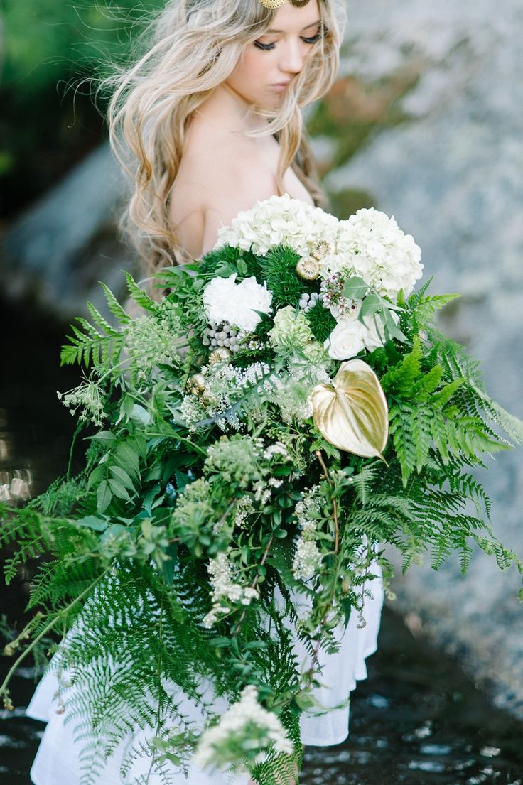 Chasing Waterfalls - Green and white bouquet inspiration Debbie Lourens Photography