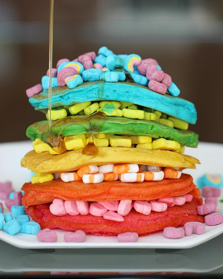 My childhood had rainbow foods — Lucky Charms, Fruity Pebbles — OK, so it had rainbow cereals. But we now live in a world where pretty much every food out there has a rainbow iteration. Rainbow coffee, rainbow grilled cheese, rainbow bagels. We've entered the rainbow food era. Here's me, embracing the most colorful food trend ever known.