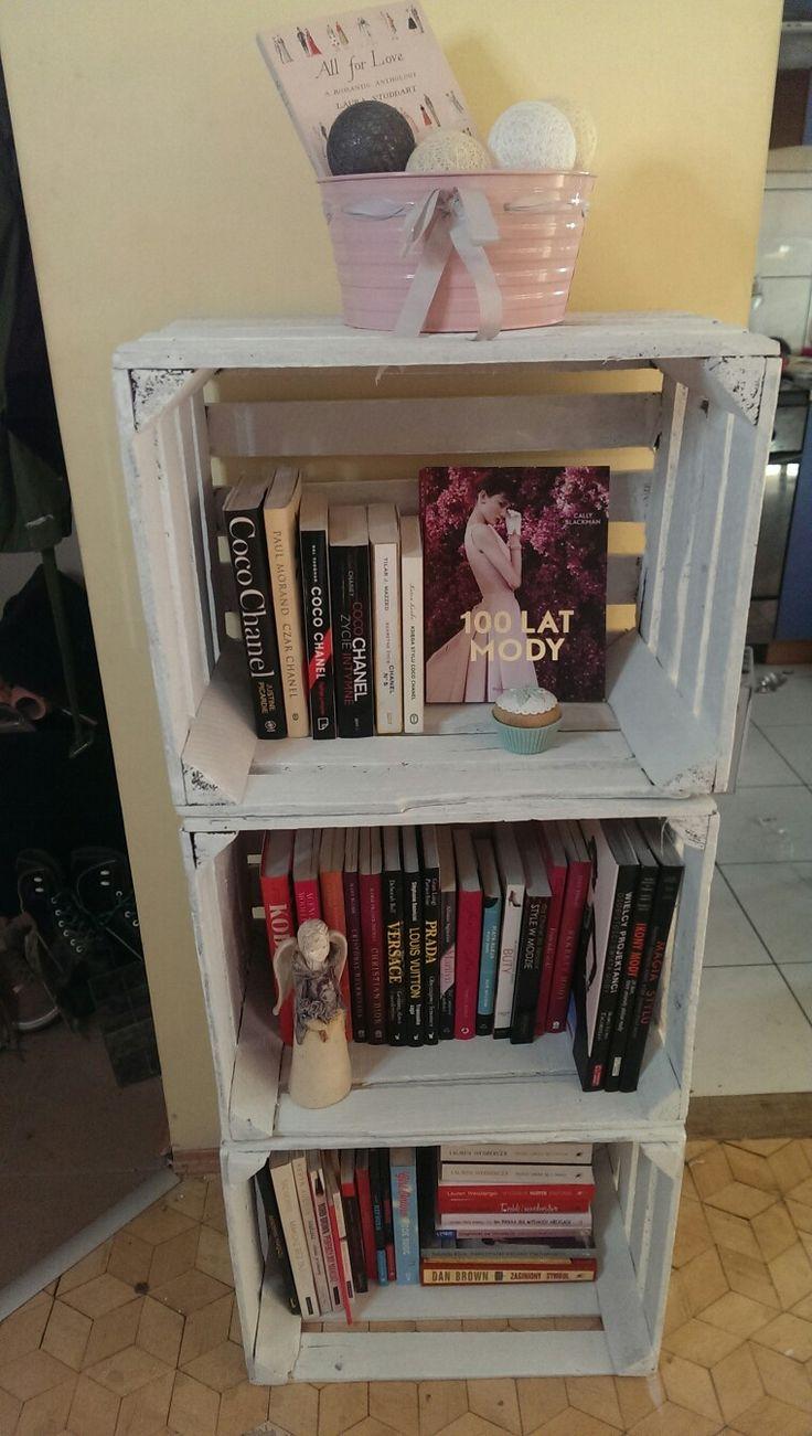 Biblioteczka na ksiazki  #skrzynki #diy #rustic #shabby