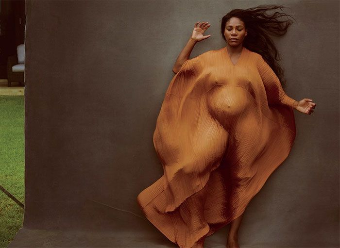Serena Williams Poses Topless As Pregnant Goddess For Vanity Fair, And Some People Find It Disgusting