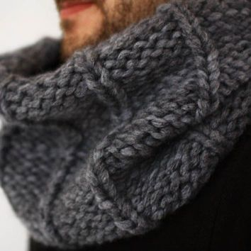 Knit Chunky Mens Cowl, Circle Infinity Scarf for Him Christmas Anniversary Gift idea for him boyfriend father, Mens Winter accessory