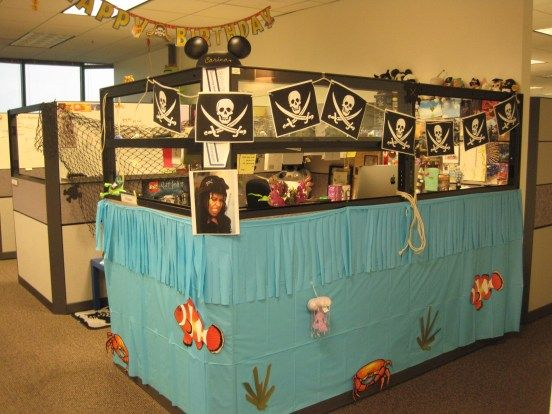 Awesome Cubicle With Ideas Decor Pirate Ship