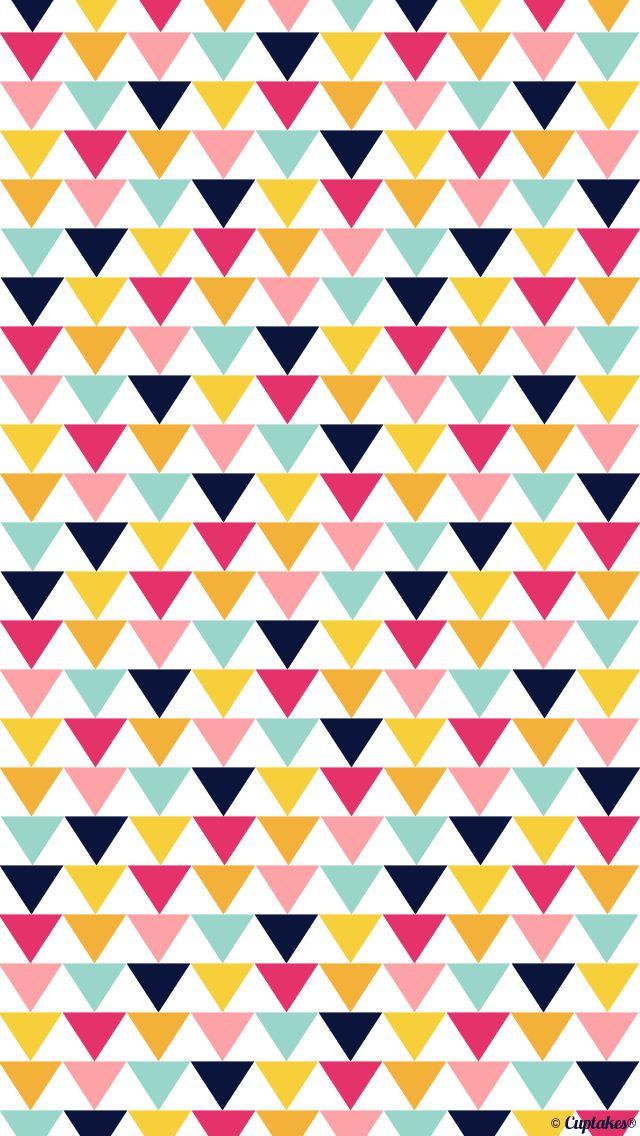 Tri-colored triangle wallpaper