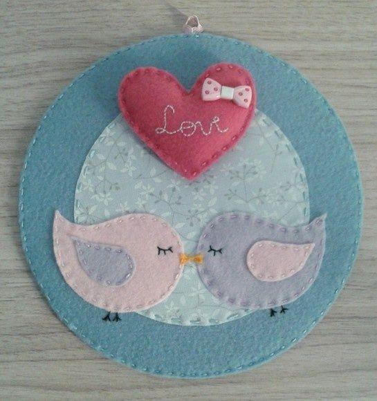 Idea for felt love birds in an embroidery hoop :-)