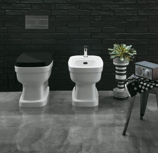 EVO04 + EVO01 | Evolution Ceramica Simas Single hole back to wall bidet pre-punched for three tap holes. Back to wall WC with or floor outlet