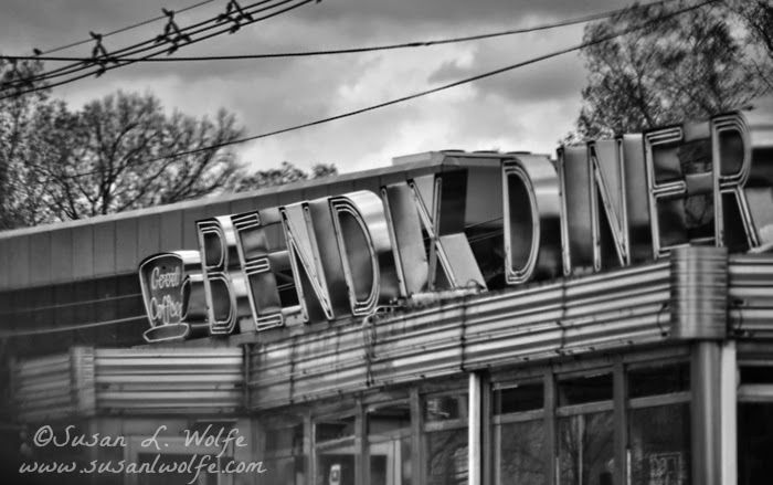 black and white photograph of the bendix diner a retro art deco old school diner on route 17. Black Bedroom Furniture Sets. Home Design Ideas