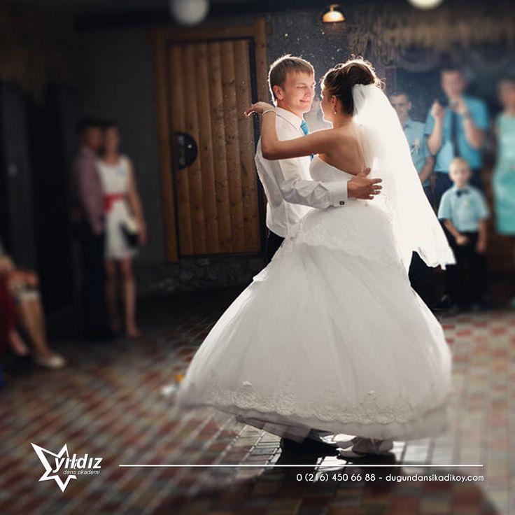 Aşkın dansı Tango düğününüzde aşkınızı yansıtacak ❤❤ Tarihin en romantik danslarından biri olan Tango, düğününüze ömür boyu hatırlanacak bir hava katacak 0216 450 66 88 #tango #düğün #dansı #kadıköy