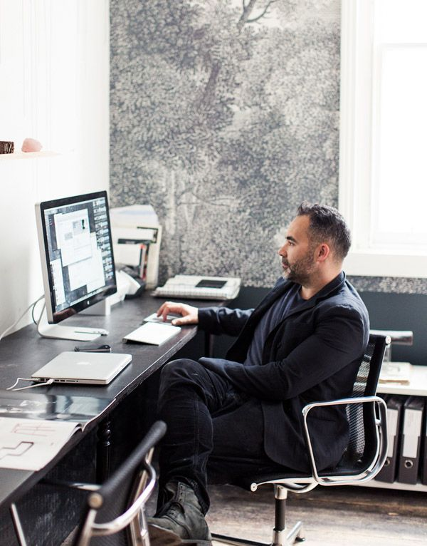 Glen Probstel at The Establishment Studios 2012 (image Sean Fennessy) (wallpaper by Surface View)