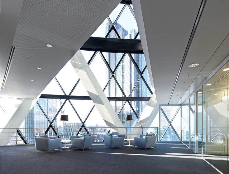 Paul Riddle Photographer – Swiss Re Tower 'The Gherkin' London