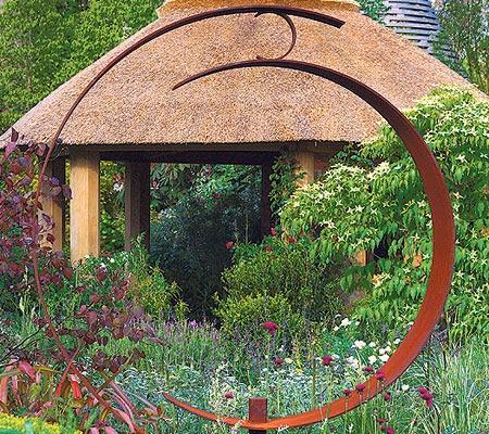 Chelsea Flower Show 2013: Roger Platts' garden for M is a stunner.