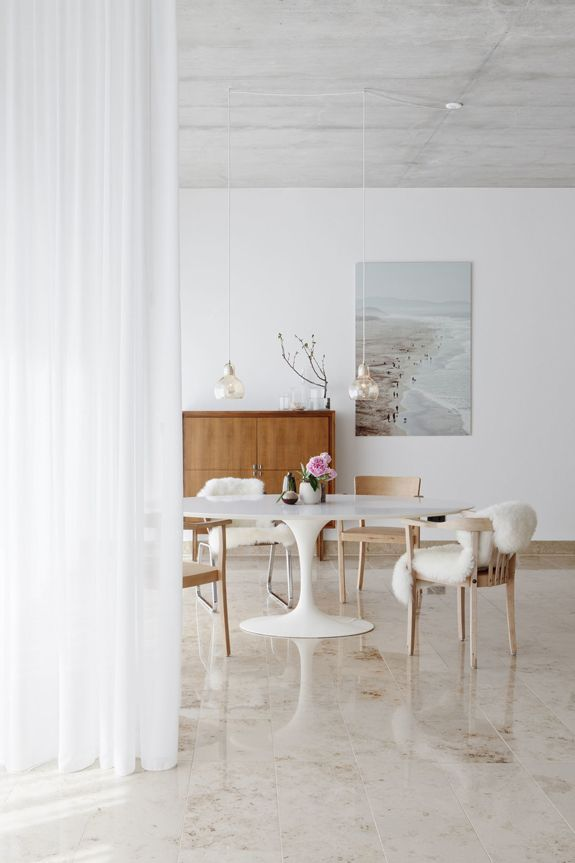 I thought I would share some modern minimalism to ease you into the work week (for those who ar...