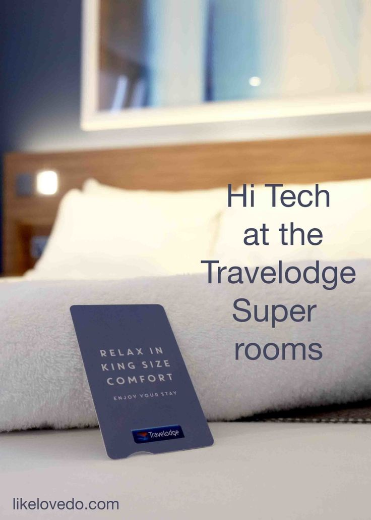 Travelodge Super room. Hotels with High technology in the new travel lodge super rooms. staying in London in style for a reasonable price. Coffee machine de misting mirrors and mood lighting.