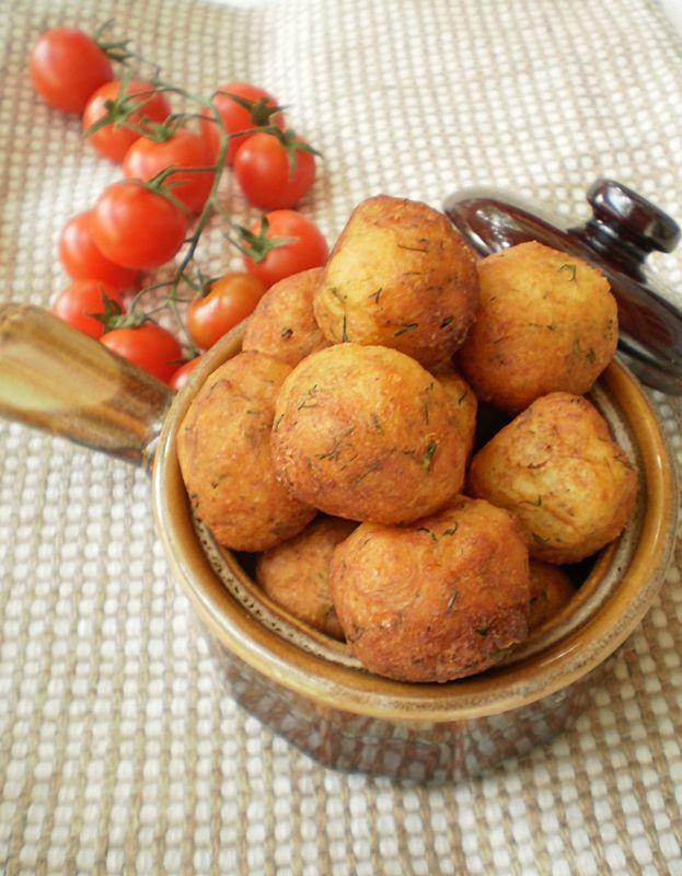 Bulete de cartofi cu cașcaval