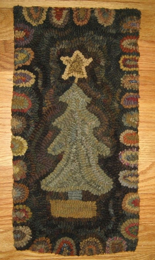 Christmas Tree Primitive Hooked Rugshand