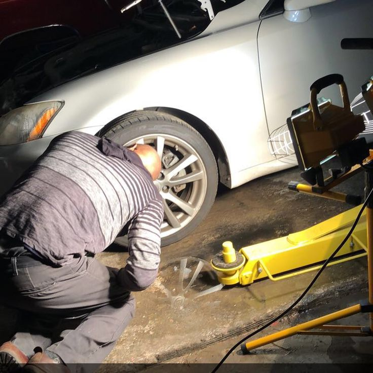 Best 25 mobile car repairs ideas on pinterest mobile auto we dont always post pics of our work but you better believe were always working thanks zadadafoodsnob for the action pics hid ballast replacement for solutioingenieria Images