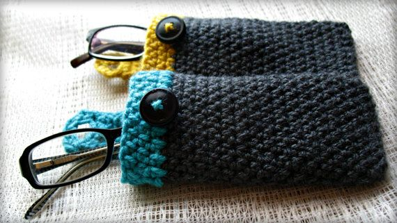 Crochet Glasses Case with Button Closure