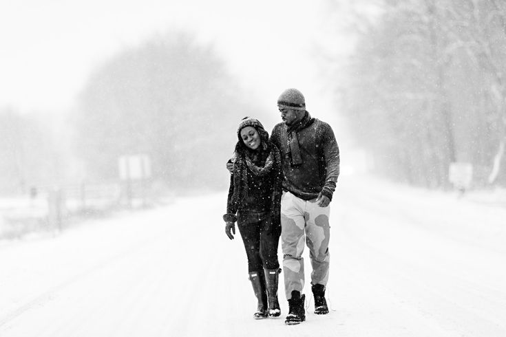 Just look at this. | A Couple Had Their Engagement Photos Taken In The Blizzard And They're Incredible
