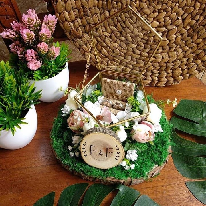Tempat Cincin Dan Kalung Prisma Segi Lima D 12 X T 6 Idr 300rb Note Full Bunga Alas Kayu 20 22cm Dried Flowers Babys Breath Diy Basket