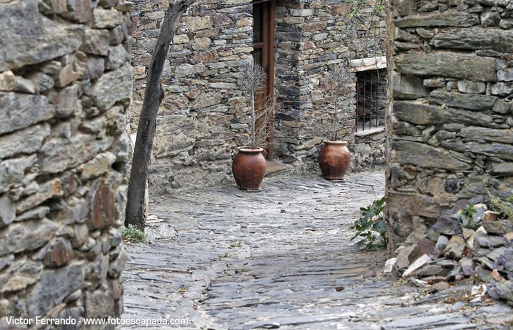 Patones - Qué hacer cerca de Madrid http://www.fotoescapada.com/que-hacer-donde-comer-en-patones-de-arriba/
