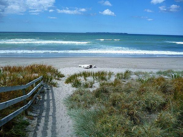 Bay of Plenty /Tauranga/Papamoa holiday home rental accommodation - Retro Papamoa - Papamoa Bach
