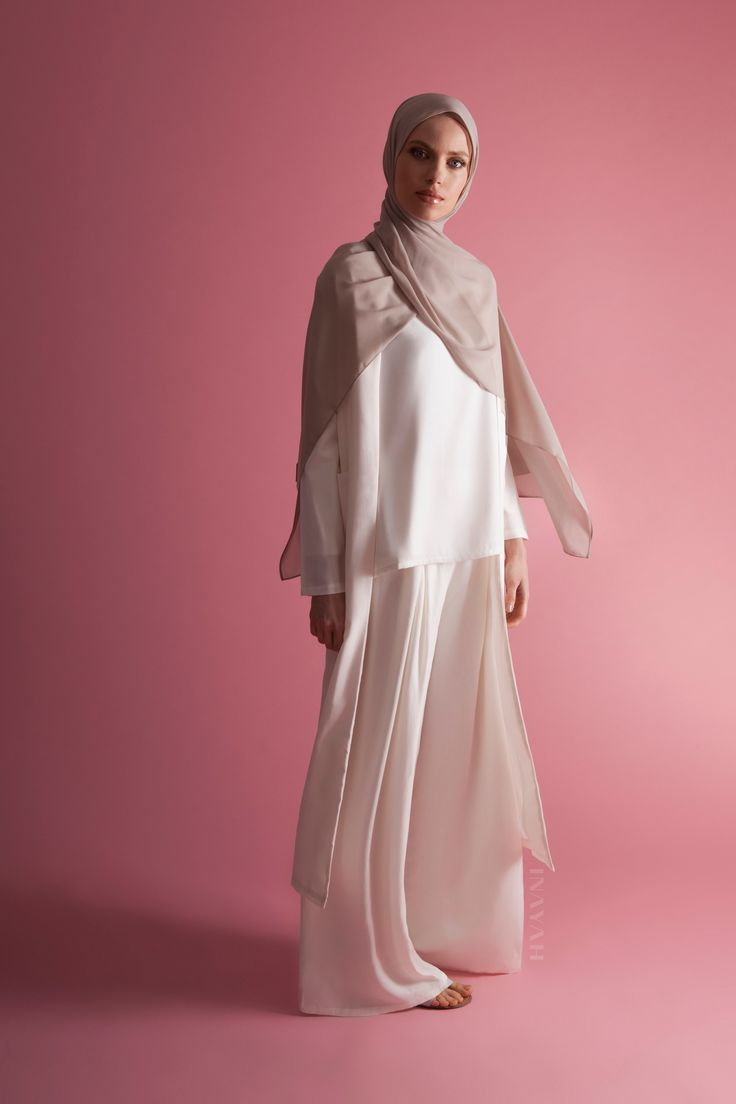 INAYAH | Summer perfection in our top summer favourites - White Front Pleat…