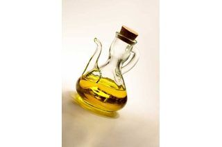 How to Use Olive Oil to Soften Feet   eHow