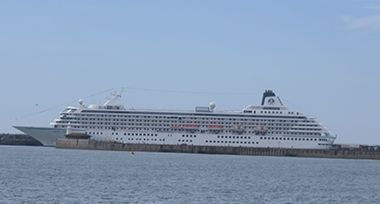 Crystal Cruises - Crystal Symphony, docked at Dover