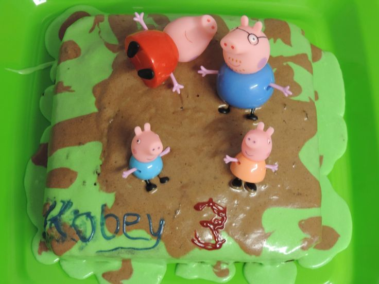 Jumping in Muddy Puddles  Peppa,George, Mummy & Daddy Pig