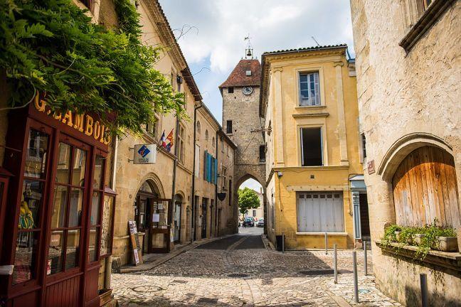 Cité médiévale de Saint-Macaire - Towns and Villages in Saint ...