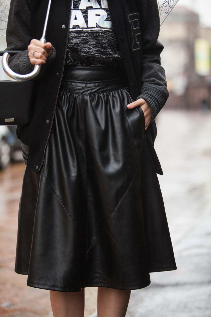 star wars outfit | black leather skirt zara | gonna alta nera