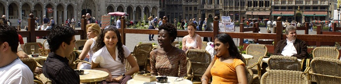 Vesalius College - Study Abroad - Bachelor and Master Programmes taught in English!  Internships are also available.  Visit the UM website here: http://www.outreach.olemiss.edu/study_abroad/programs/europe/belgium/vesalius_college.html