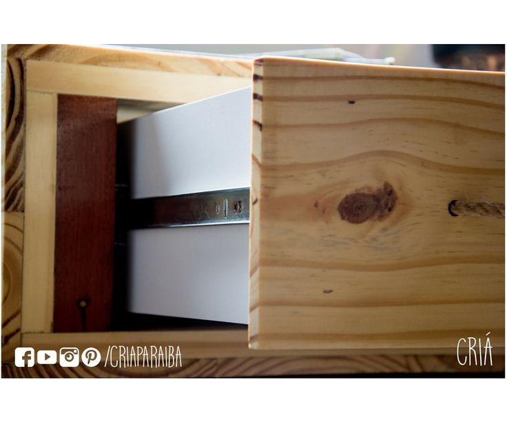 Bancada de estudos feita com madeira de pallets #DIY #recycle #upcycle #handmade #wood #love #nikon #detail