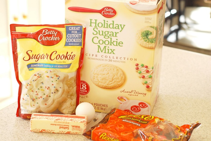 See Jane In The Kitchen- Peanut Butter Cup Sugar Cookie