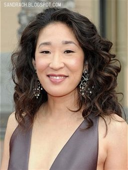 Ours: Sandra Oh from Grey's AnatomyCurly Hairstyles, Red Carpets Hair, Grey Anatomy, Beautiful Women, Grey'S Anatomy, Red Hairstyles, Hair Accessories, Shorts Hair Style, Long Curly Hair