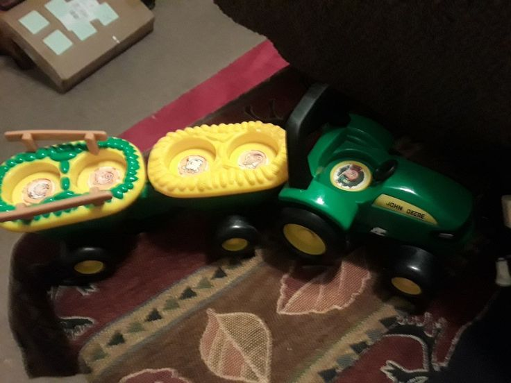 John Deere Tractor Hay Ride Sounds W 2 Trailers For Little People Size Toys
