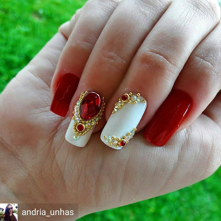 "489 curtidas, 2 comentários - Tata Customizacao & Cia (@tata_customizacao_e_cia) no Instagram: ""@Regrann from @andria_unhas -  Paixão logo cedo. Unhas da Grazi. Pedrarias…"""