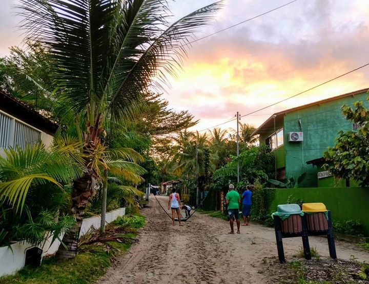 Rua principal de Morere Boipeba. . #boipeba #morere #bainema . http://ift.tt/2tOJwSx . #viagem #trip #travel #aventura #explorer #adventure #photography #backpacking #mochileiros #mochilao #moto #motoaventura #motorcycle #offroad #motoemochilabrasil #wanderlust #landscape #beach #camping #roadtrip #ontheroad