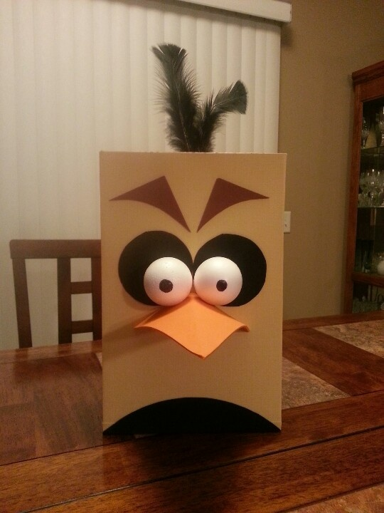 Angry bird Valentine Box: cereal box, foam, cardstock ...