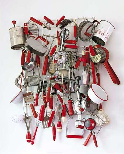 The kitchen showcases red-and-white objects dating from 1945 to 1955. Photo courtesy of Gross & Daley.