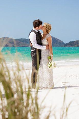 Tenae_Brett_Beach-Wedding_309_040