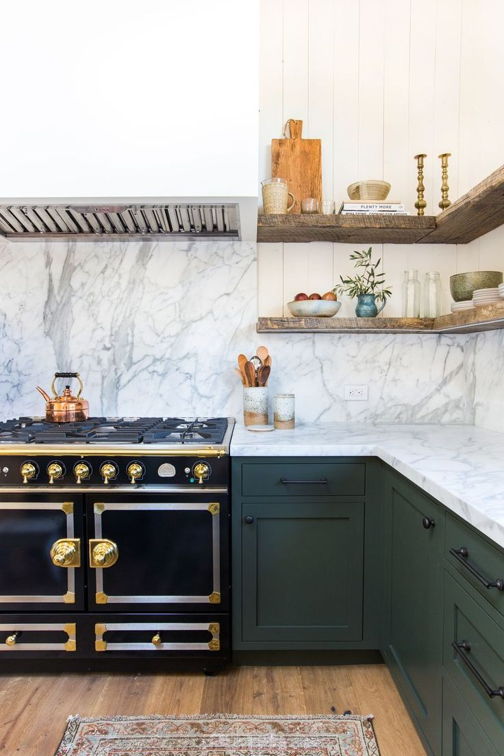 Client Oh Hi Ojai – Amber Interiors backsplash marble open shelving with reclaimed wood