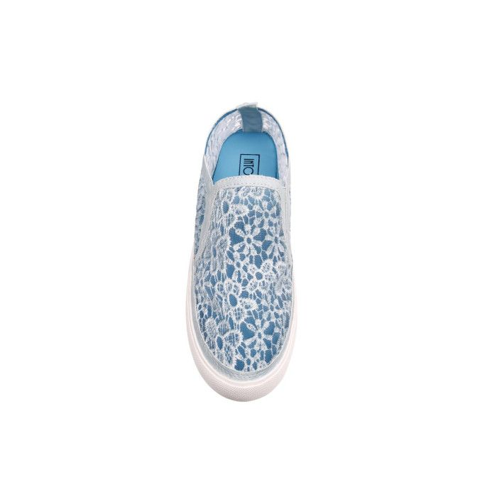 Everyday wear just got more romantic and fun with these feminine, lacy shoes #BlueEspadrilles #Espadrilles #sneakers #Bluesneakers #casual #day #Blue