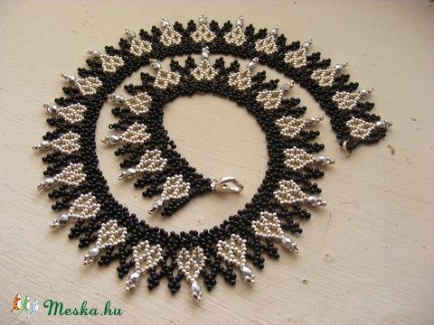 Ezüstszív - ezüst, fekete gyöngynyaklánc szíves mintával, Ékszer, óra, Nyaklánc…
