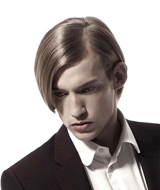 A medium blonde straight coloured side-parting hairstyle by KH Hair