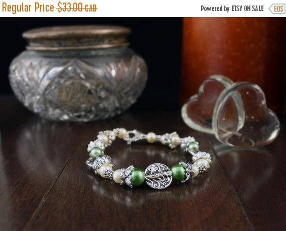 HOLIDAY SALE Bracelet Elegant Tree of Life Beads Tibetan