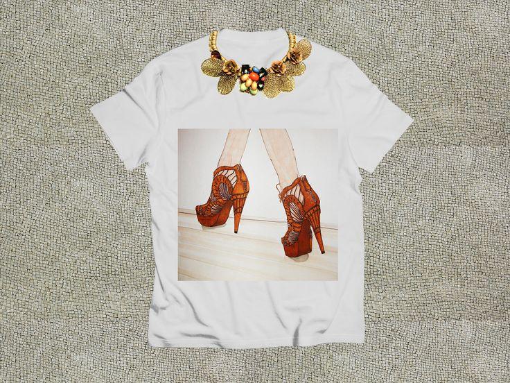 illustration shoes: Cosmina David collar: Infinite Accessories